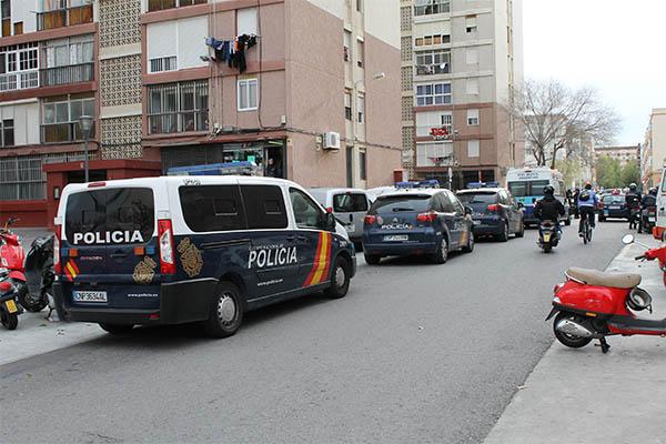 Desarticulado el mayor punto de distribuci n de droga al - Policia nacional cadiz ...