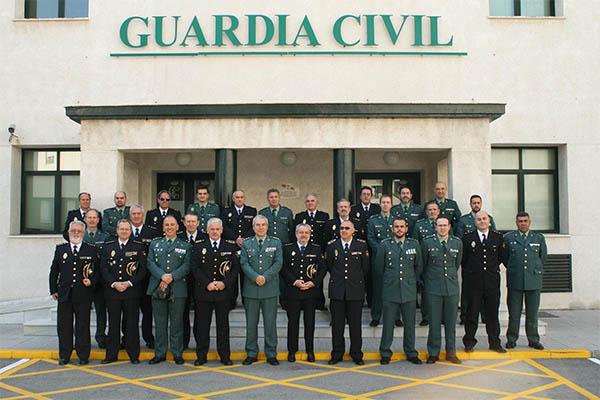 La guardia civil y el cuerpo nacional de polic a se re nen - Policia nacional cadiz ...