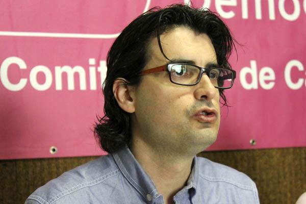 Felipe Marín Mariscal, candidato a la alcaldía de Cádiz por UPyD, no le sorprende que la larga sombra del CASO RODRIGO RATO, surgida tras la denuncia de ... - felipe_marin_upyd_cadiz