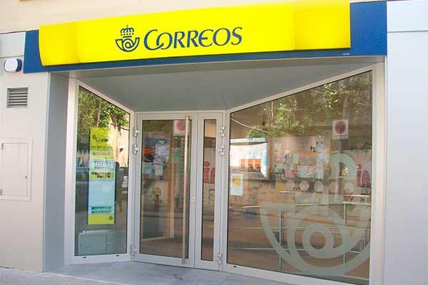 ccoo exige a correos su compromiso de 60 contratos para