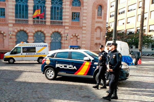 Dispositivo especial de la polic a nacional en el carnaval - Policia nacional cadiz ...