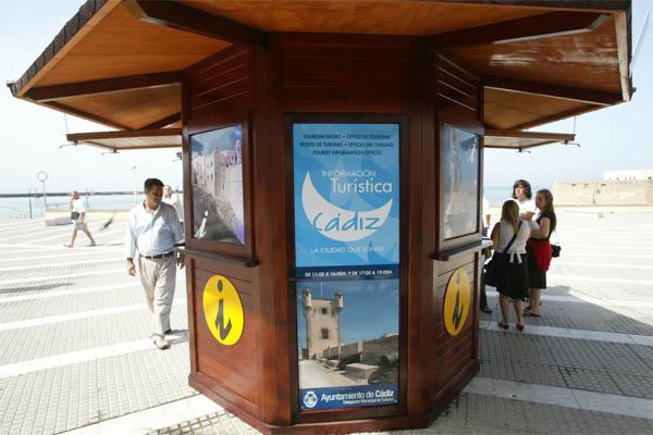 La remunicipalizaci n de los trabajadores de informaci n for Oficina turismo cadiz