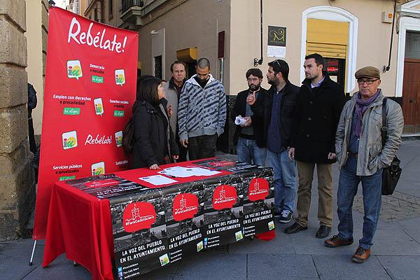 Iu recoger propuestas ciudadanas a pie de calle para los for Recogida de muebles cadiz