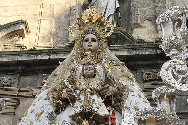 Resultado de imagen de Procesión Ntra Sra del Rosario Patrona de Cádiz 2017