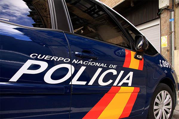 a7f88ceeb39 Agentes de la Policía Nacional han esclarecido más de una decena de estafas  por la venta de móviles inexistentes a través de Internet.