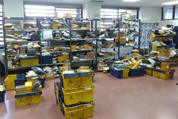 Psoe demanda en el congreso el aumento de las plantillas for Oficina correos cadiz