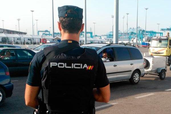 La polic a detiene a un menor de edad como presunto autor - Policia nacional algeciras ...