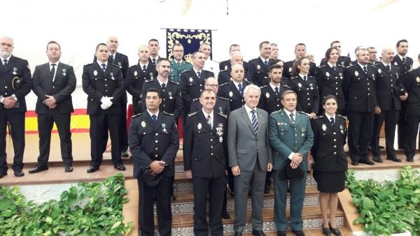 La ciudad de c diz acogi los actos institucionales - Policia nacional cadiz ...