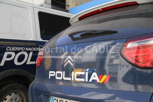 La polic a nacional detiene en algeciras a dos individuos - Policia nacional cadiz ...